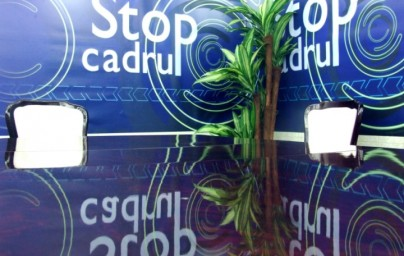 Decorul emisiunii STOP CADRU